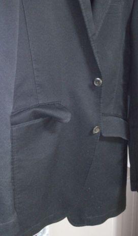 ジャケットのポケットの蓋