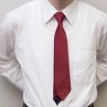 シャツの着こなしはシルエットの違いを理解する必要があります