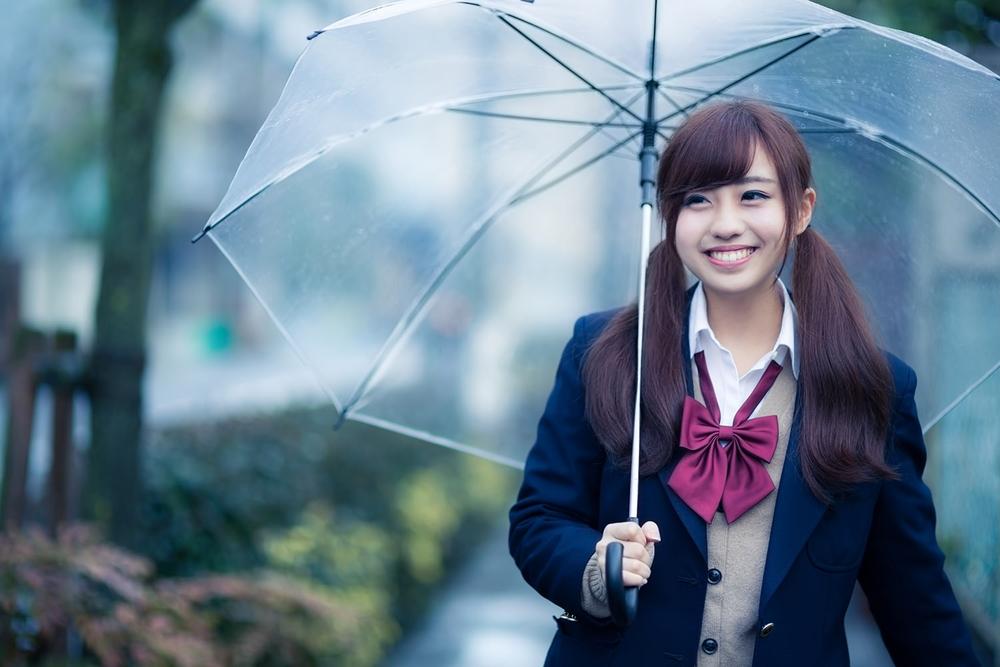 傘は内面を映す鏡です、突然の雨のビニール傘は別ですが
