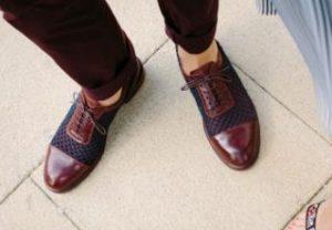 キャンバス地のオシャレな革靴