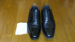 革靴の汚れ落とし