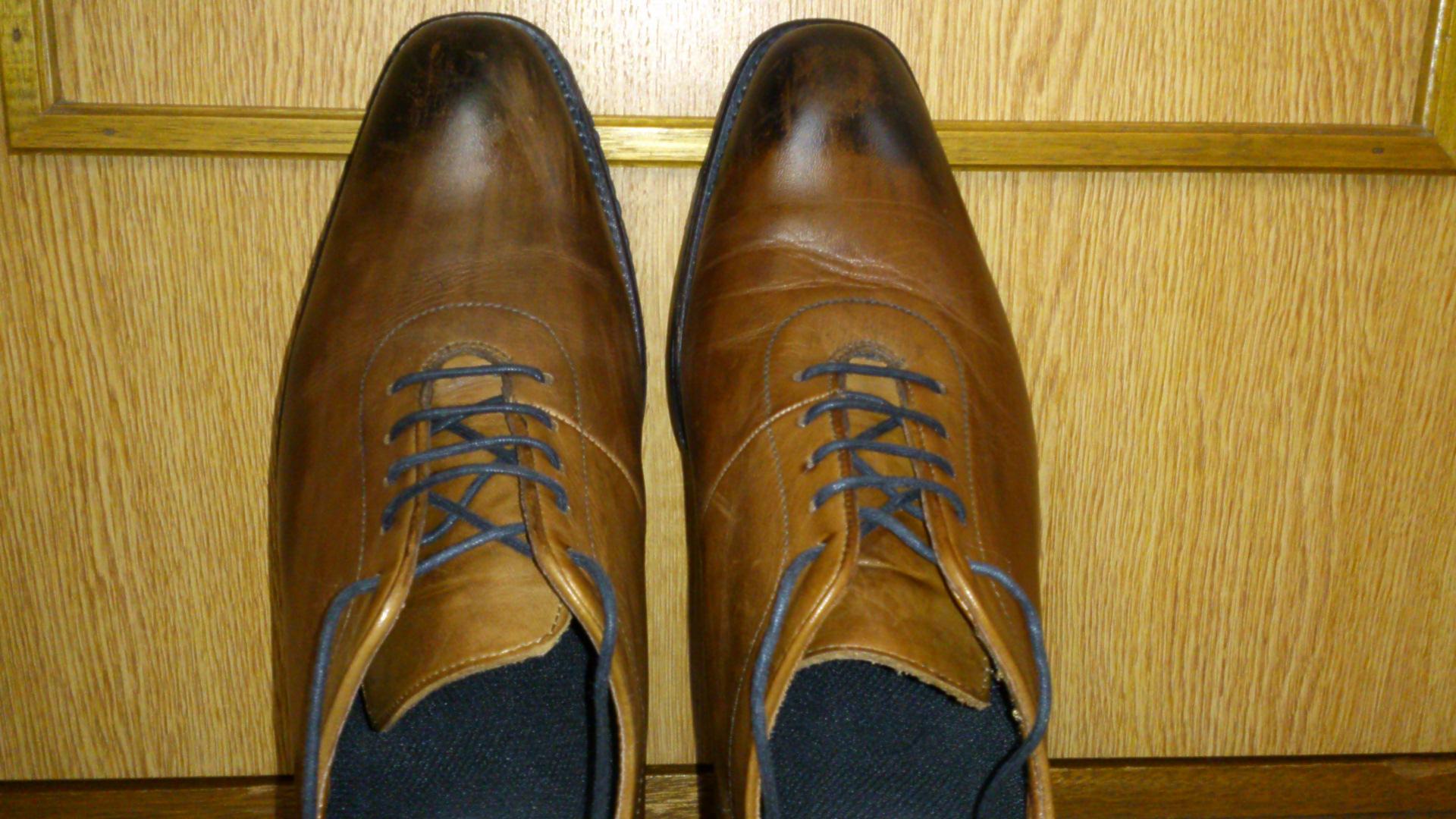 革靴の皺に愛着を!あなたの足に合わせてくれたのです!