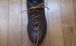 靴紐を短くする方法