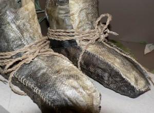 鮭の皮の靴