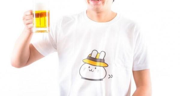 ダサいTシャツ