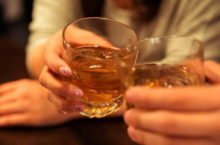ウイスキーで乾杯