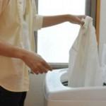 洋服の匂いが気になる時に出来る3つのアプローチ