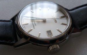 磨かれた腕時計