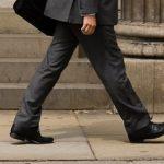 靴のサイズが大き過ぎると足が太くなる?様々なデメリットを紹介