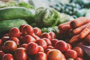 積み上げられた野菜