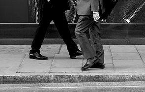 ビジネスマンの歩き方