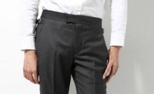 ベルトレスのズボン