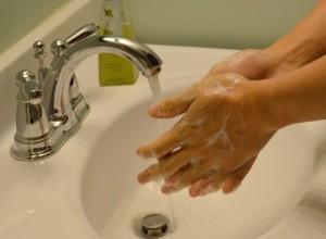 石鹸の手洗い