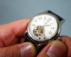 腕時計の時刻合わせ