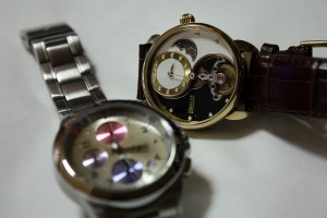 二つの腕時計