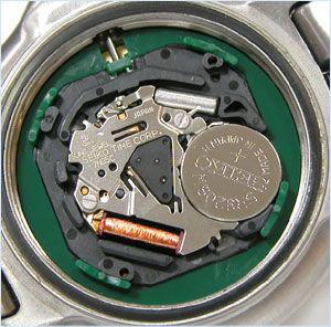 初めての腕時計の購入は電池式のクォーツがおすすめ!