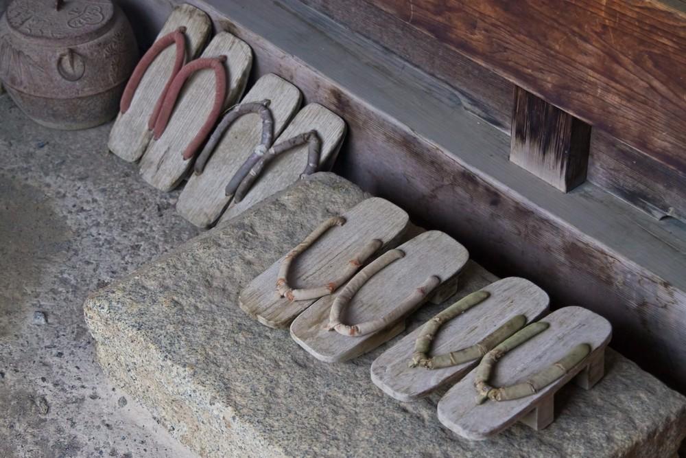 靴の量販店の一万円オーバーの革靴をすすめる理由!