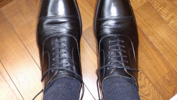 革靴の紐の合わせ方