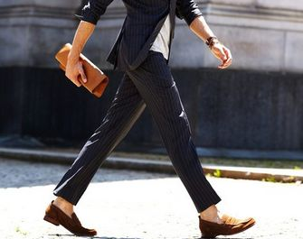 ズボンの裾のロールアップ