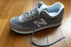 靴紐が長くなりやすいニューバランスのスニーカー