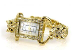 金ピカの下品な腕時計