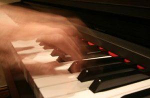 ピアニストの指使い