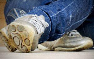 靴用の防水スプレーや消臭スプレーの必要性について考えてみた